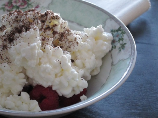 raspberries and cottage cheese